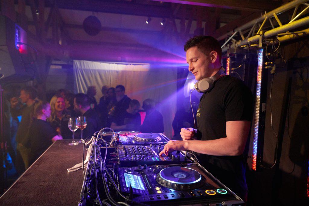 Best Karaoke and Event DJ in Eugene, Oregon
